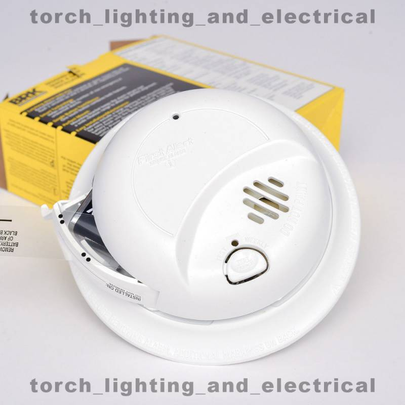 12 Pack Of 9120b First Alert Hardwired Smoke Alarm With Manual Guide
