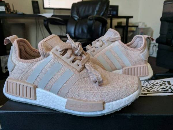 Adidas NMD_R1 Runner W Nomad Women's Ash Pearl Chalk Pink 3M White CQ2012 Boost