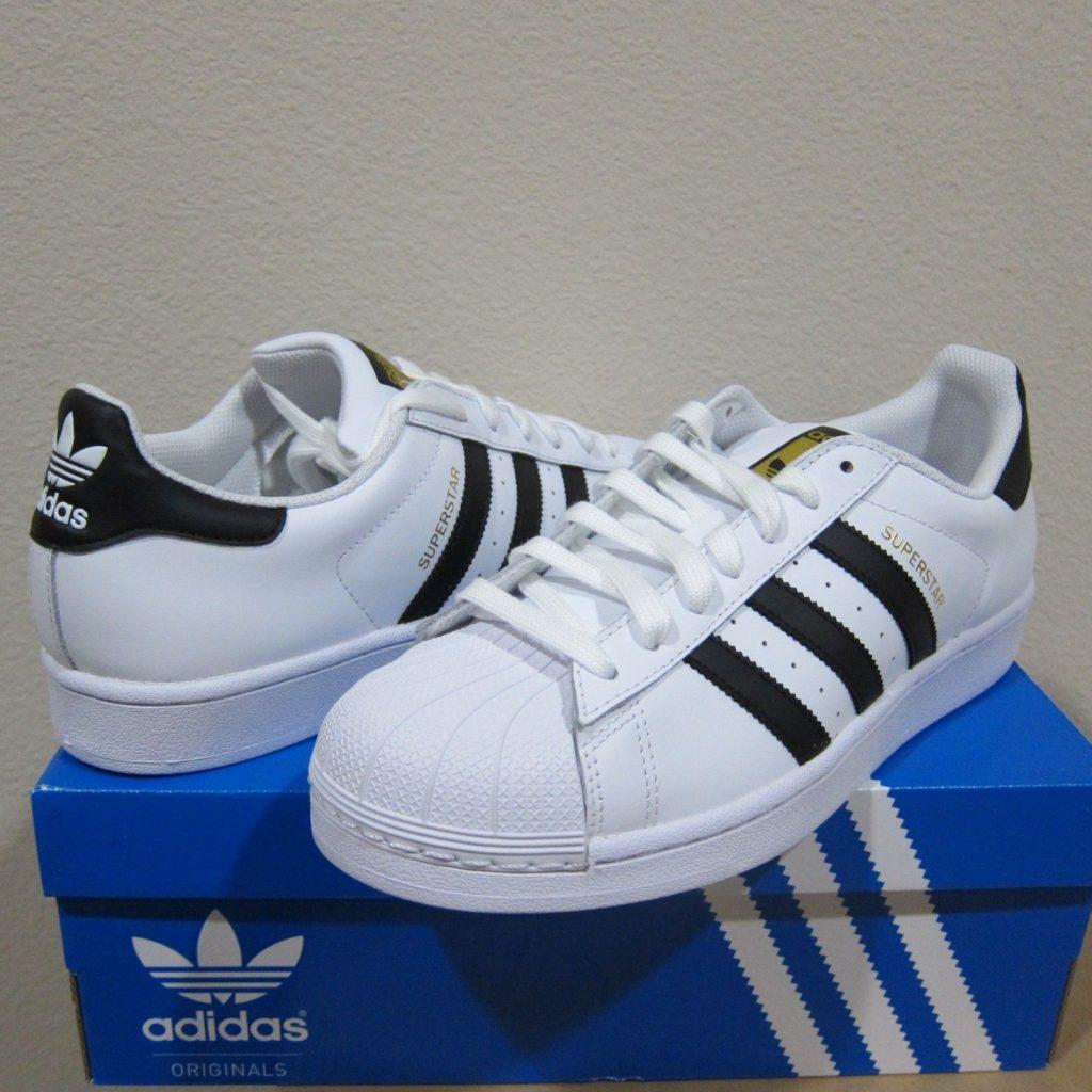 adidas Originals Superstar J Sneaker BlackGold Metallic