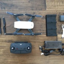 DJI Spark Drone Fly More Combo 2 Batteries + DJI Refresh Alpine White Used minty