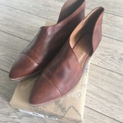 Buy Best Free People Royale Flat in Taupe Brand new in Box *ALL SIZES*