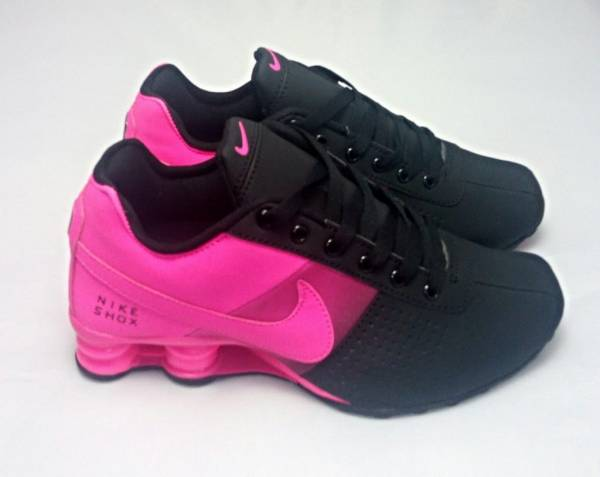 HOT NEW Women Black and Pink Fade Nike Deliver NZ Shox Running Shoes