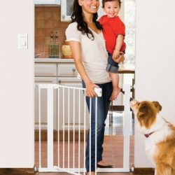 Buy Best Munchkin Easy-Close Metal Safety Gate, White