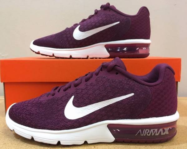 Nike Air Max Sequent 2 Women's Running Shoe (852465)