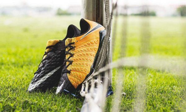 Nike Hypervenom Phantom III Low FG Soccer Cleat Laser Orange (852567-801)