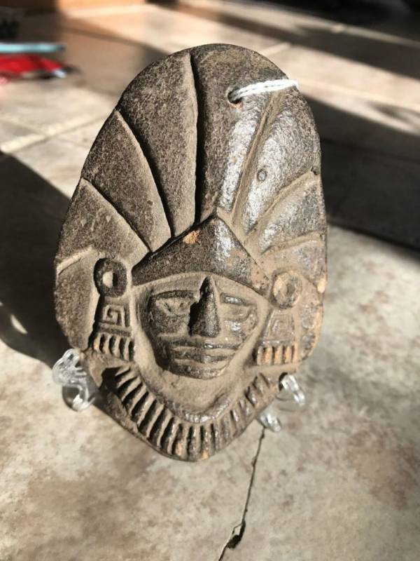 PRE COLUMBIAN MAYAN FIGURAL EFFIGY- VERY FINE CONDITION