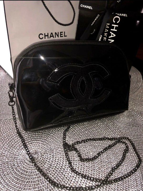 Chanel Vip Gift Crossbody Bag / Shoulder Bag New 2019