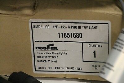 CrouseHinds 852D6-GG12F-P2-G PRO III T?W Light 11851680 Airport Taxiway Lighting