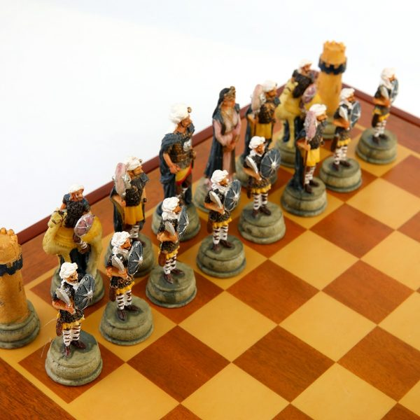 Chess Set Classic Novelty Ancient Theme of Roman Empire Chess Sets Resin Chess Pieces Wooden Board Game Chess Set Iuxury