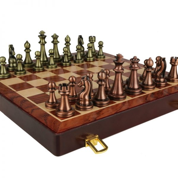 Classic Zinc Alloy Chess Pieces wood grain board Chess Game Outdoor leisure entertainment golden High Quality Chess the qenueson